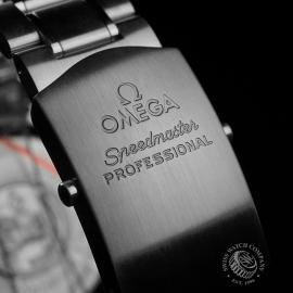 OM22330S Omega Speedmaster Pofessional Moonwatch Close8