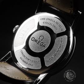 OM21673S Omega Museum Collection 1938 Pilots Watch Close9