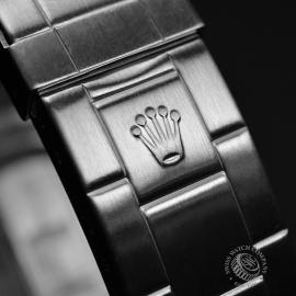 RO21005S_Rolex_Submariner_Close10-2.jpg