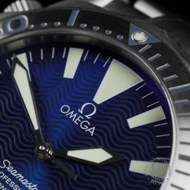 OM22534S Omega Seamaster Professional Titanium Close3
