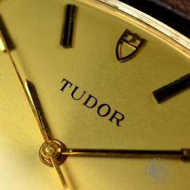 21456S Vintage Tudor Dress Watch 9ct Close6