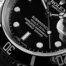 RO22672S Rolex Submariner Date Close4 1