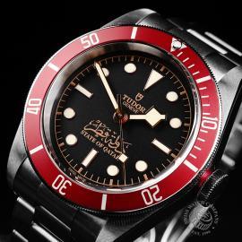 TU22224S Tudor Heritage Black Bay Red Unworn Close2