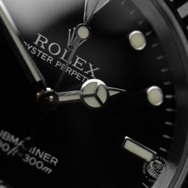 RO21005S_Rolex_Submariner_Close6_1.JPG