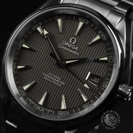 OM20791S_Omega_Seamaster_Aqua_Terra_Co_Axial_Close2.JPG