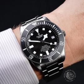 TU21763S Tudor Pelagos Black Wrist