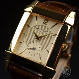 PA20906S_Patek_Philippe_Gondolo_18ct_Close1_1.JPG