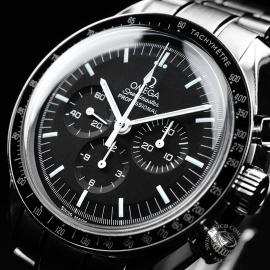 OM21521S Omega Speedmaster Professional Moonwatch Close2