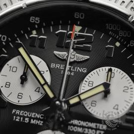 BR1819P_Breitling_Emergency_Mission_Close13.JPG