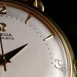 OM868F Omega Vintage 18ct Close  5
