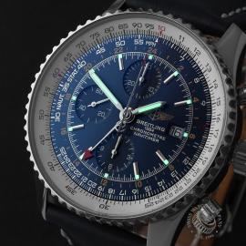 BR22662S Breitling Navitimer World Chrono GMT Close1
