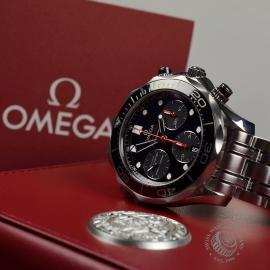 OM20233S-Omega-Seamaster-Professional-Chronograph-Co-Axial-Close1