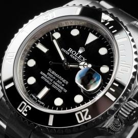 RO22466S Rolex Submariner Date Close 2