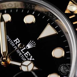 RO1941P Rolex Submariner Date Unworn Close5
