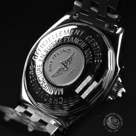 BR20852S_Breitling_Windrider_Close9.JPG