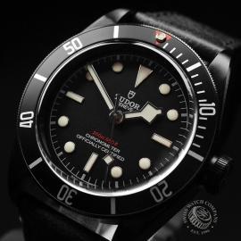 TU19408S Tudor Heritage Black Bay Dark Close2