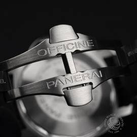 PA20315S_Panerai_Luminor_Marina_Close10.jpg