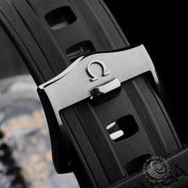 PK21683S Omega Seamaster James Bond Limited Edition Close8