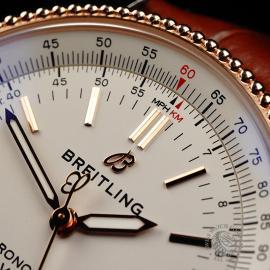 BR22232S Breitling Navitimer 1 38 Close3 1