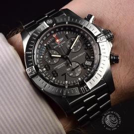 21520S Breitling Avenger Seawolf Chrono Wrist