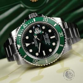 RO22172S Rolex Submariner Date Ceramic 'Hulk' Close2