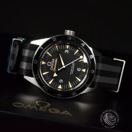 21510S Omega Seamaster 300 Master Co Axial SPECTRE Limited Edition Close10