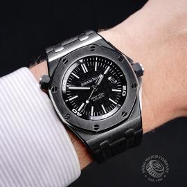 AP21771S Audemars Piguet Royal Oak Offshore Diver Wrist