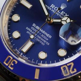 RO22674S Rolex Submariner Date Close4