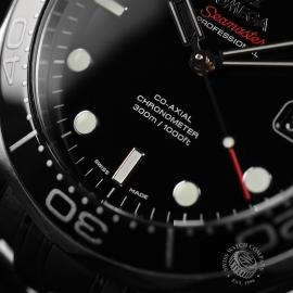 OM20964S_Omega_Seamaster_Professional_Co_Axial_300m_Close6.JPG