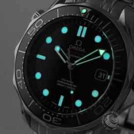 OM20964S_Omega_Seamaster_Professional_Co_Axial_300m_Close1.jpg