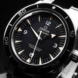 OM21712S Omega Seamaster 300 Master Co Axial Close2