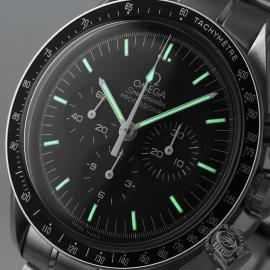 OM21219S Omega Speedmaster Professional Moonwatch (Special Presentation Case) Close1