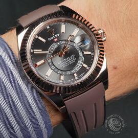 RO22696S Rolex Sky-Dweller Everose Wrist