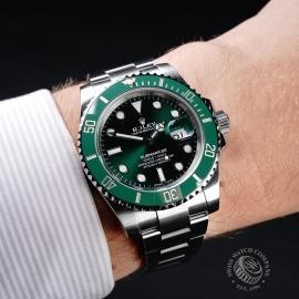 RO21728S Rolex Submariner Date Ceramic 'Hulk' Wrist