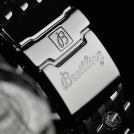 21407S Breitling Navitimer Close4 1