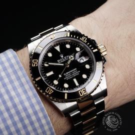 RO22288S Rolex Submariner Date Wrist 1