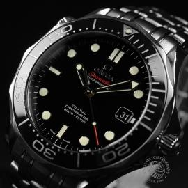 OM20964S_Omega_Seamaster_Professional_Co_Axial_300m_Close2.JPG
