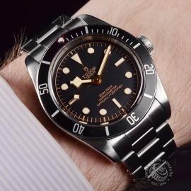 Tudor Heritage Black Bay Wrist 3