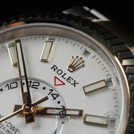 RO22517S Rolex Sky-Dweller Unworn Close3