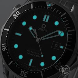 OM20887S_Omega_Seamaster_Professional_Quartz_Close1.jpg
