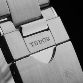 TU21649S Tudor Heritage Black Bay Close9