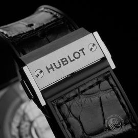 HU22600S Hublot Classic Fusion Titanium Chronograph Close3 1