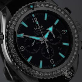 OM18592S_Omega_Seamaster_Planet_Ocean_Chrono_Close1.jpg
