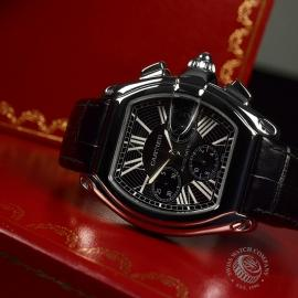 CA20467S_Cartier_Roadster_GMT_Close5.JPG