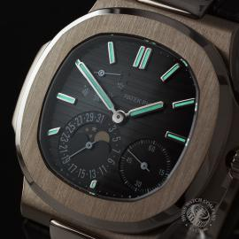 PK21878S Patek Philippe Nautilus Moonphase Close1