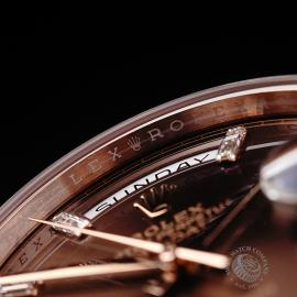 RO221147S Rolex Day-Date 40 Everose Diamond Close5
