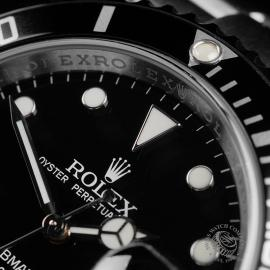 RO22728S Rolex Submariner Date Unworn Close3