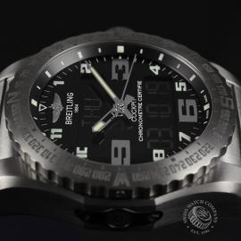 20151S Breitling Cockpit B50 Titanium Chronograph Close4