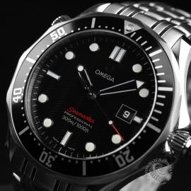 OM20887S_Omega_Seamaster_Professional_Quartz_Close2_1.JPG
