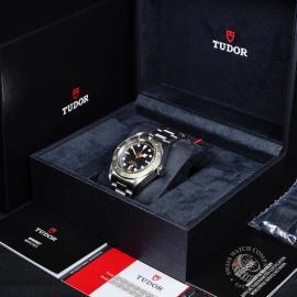 21807S Tudor Black Bay Harrods Box